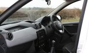 Dacia Duster Laureate inside