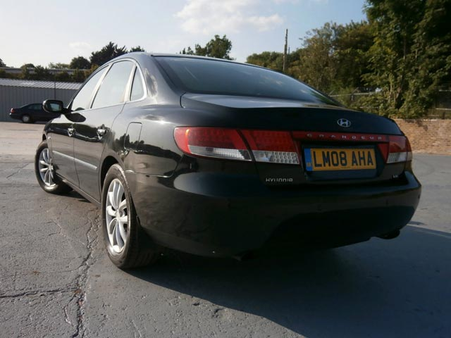 Rear of 2008 Hyundai Grandeur