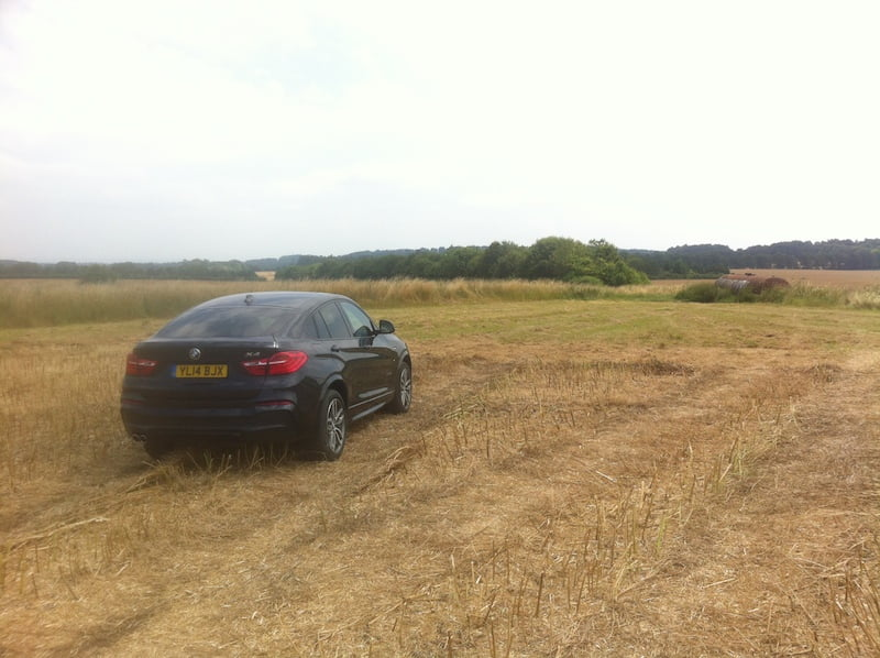 BMW X4 on Wantage to Newbury road