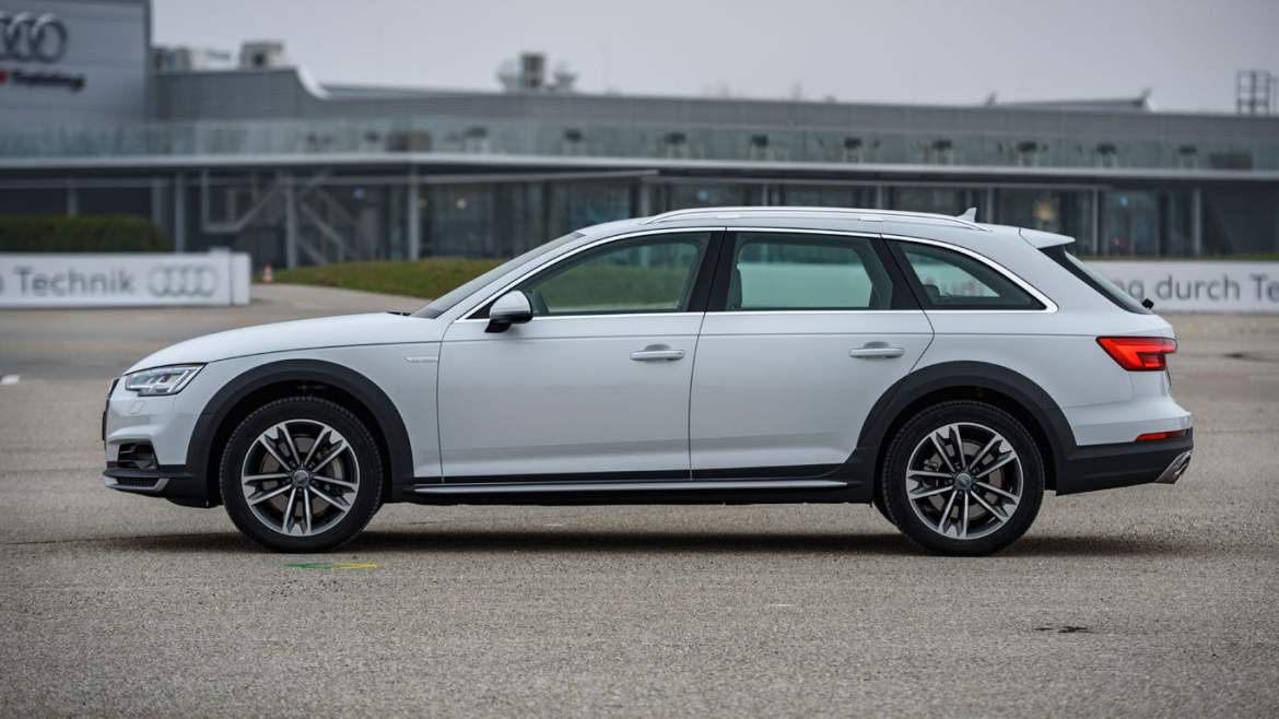 2016 Audi A4 allroad side