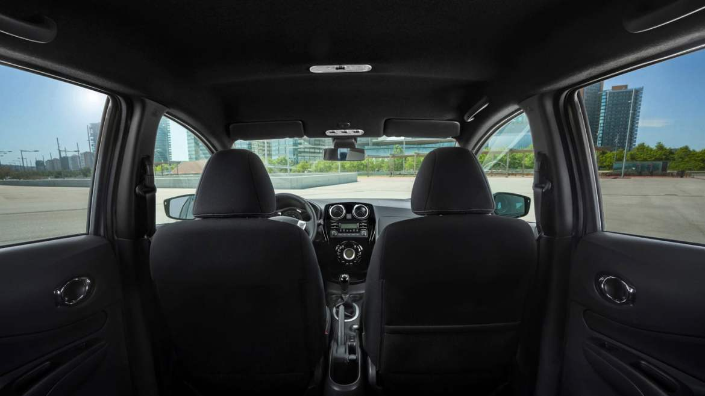 Nissan Note Black Edition interior
