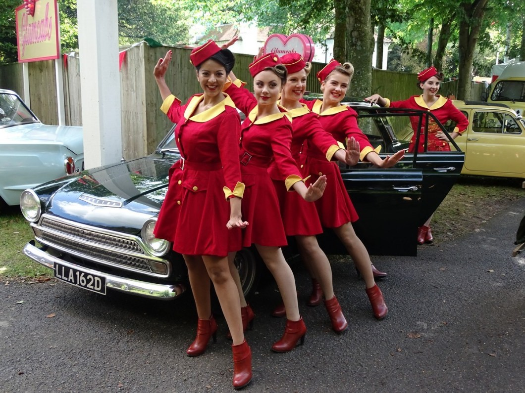 Glamour Cabs at the Goodwood Revival 2017