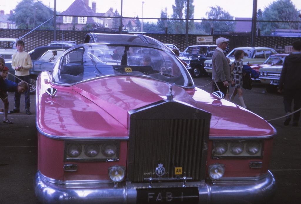 FAB1 Rolls Royce Full Size Replica