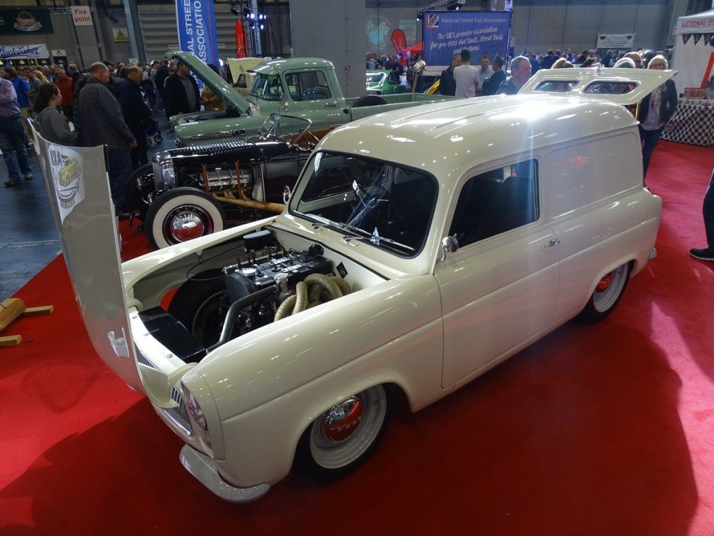 A very tidy Ford 100e Van Hot Rod