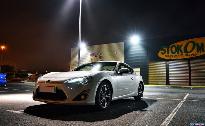 Toyota-GT86-blanche1
