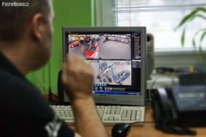 - Możemy obserwować cały obiekt, który ma założony monitoring wizyjny