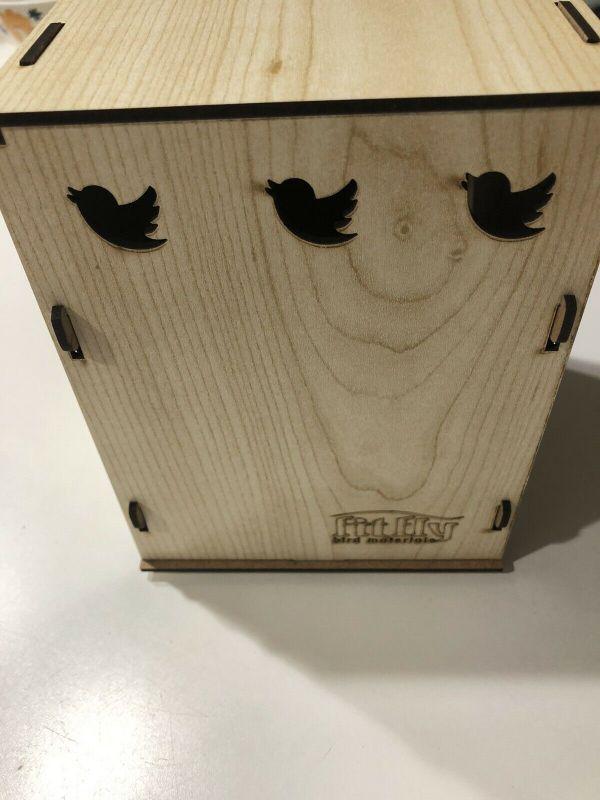 Bird breeding mating wooden box nest