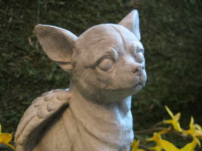Chihuahua Garden Statue