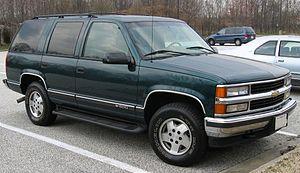 300px-1st-Chevrolet-Tahoe-4door