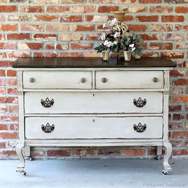 Two Tone Painted Furniture Toned Furniture Project With Twotone Paint Finish Petticoat Junktion Painted Furniture Canary Street Crafts Twotone Furniture Makeovers Canary Street Crafts