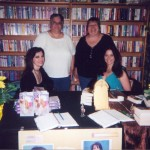booksigningGlynnis&Kay
