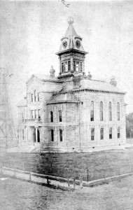 Fort Bend County Courthouse where the violence took place, 1889 (public domain)