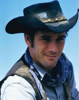 Robert-Fuller as Cooper Smith in Wagon Train