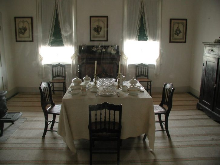 Old Fort Laramie dining room