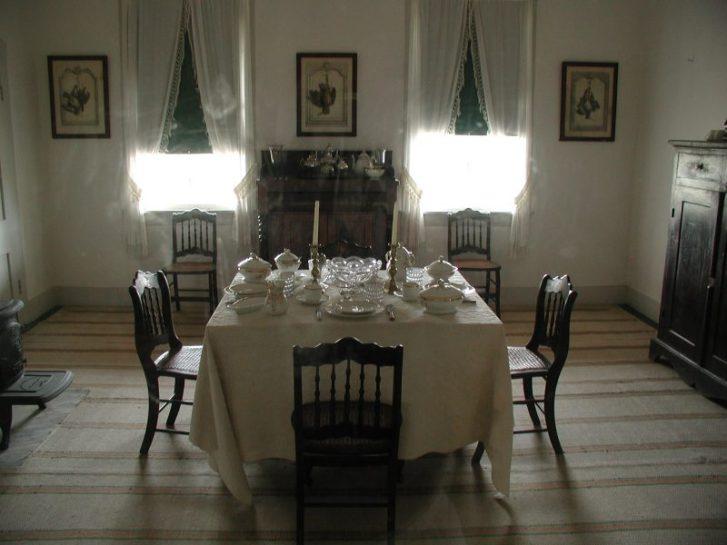Old Fort Laramie dining room