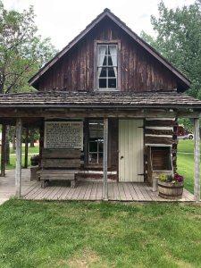 Cabin in Belle Fourche