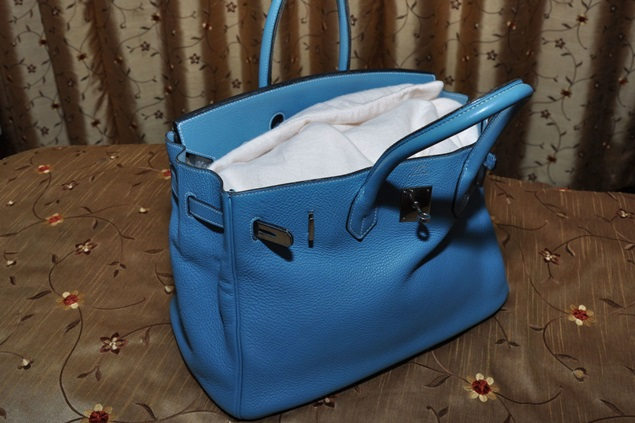 cara jaga beg kulit, penjagaan beg kulit, cara bersihkan beg kulit, naikkan seri beg kulit, simpan beg kulit, penjagaan betul beg kulit