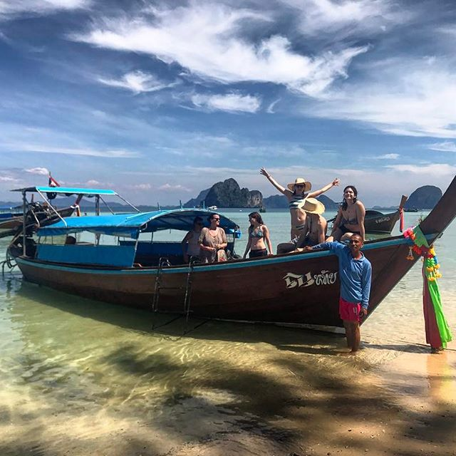 Island hopping throwback. Our guide & his wife hosted us on their boat for a whole day. Picked us up, took us around the little islands around Koh Lanta, fed us home made lunch. He smiled the whole time. She never smiled and was extremely shy. One thing was clear - it was a family business. And they made us feel welcome. #thailand #kohlanta #kohngai #boattrip #vsco #vscocam #vscothailand #nomadstories #throwback #tbt