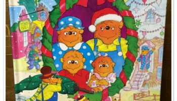 Berenstain Bears Christmas Tree.The Berenstain Bears Christmas Fun Sticker And Activity Book