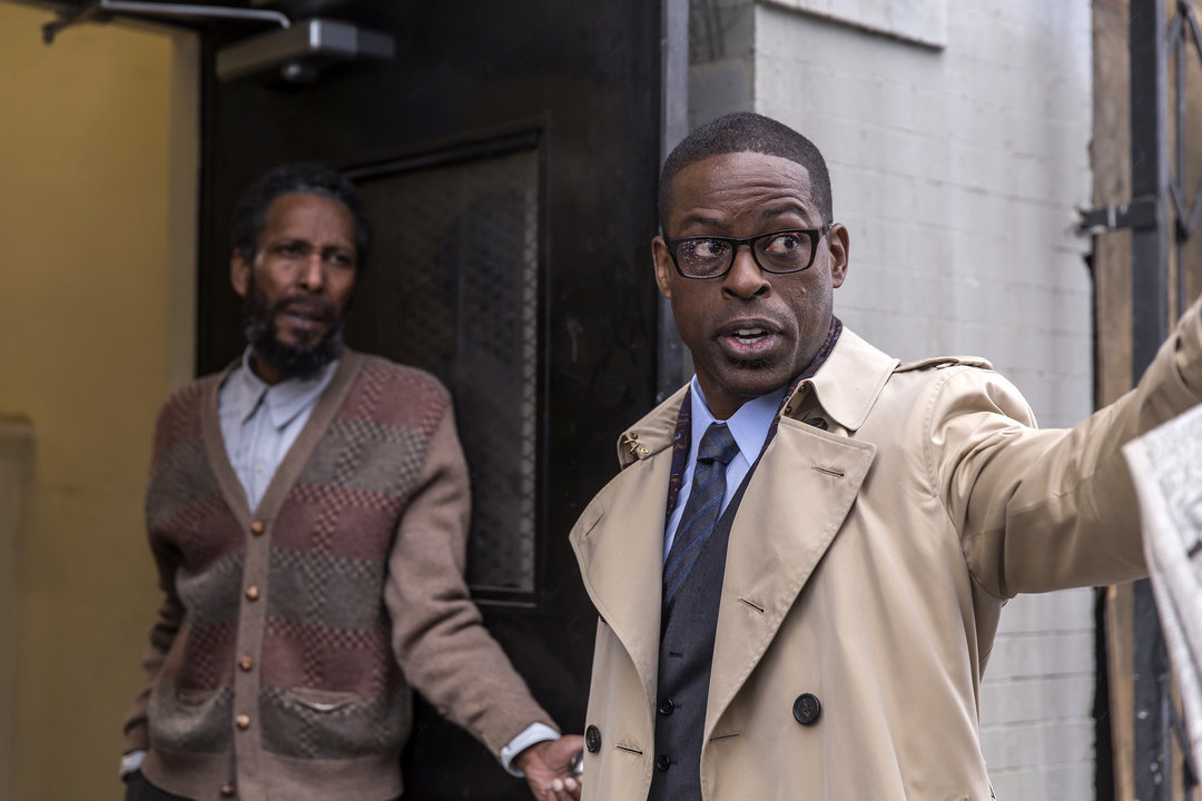 THIS IS US -- Pilot -- Pictured: (l-r) Ron Cephas Jones as William, Sterling K. Brown as Randall -- (Photo by: Ron Batzdorff/NBC)