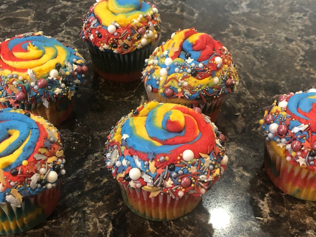 Captain Marvel Jumbo Cupcakes