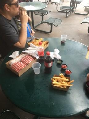 Almoço no parque.