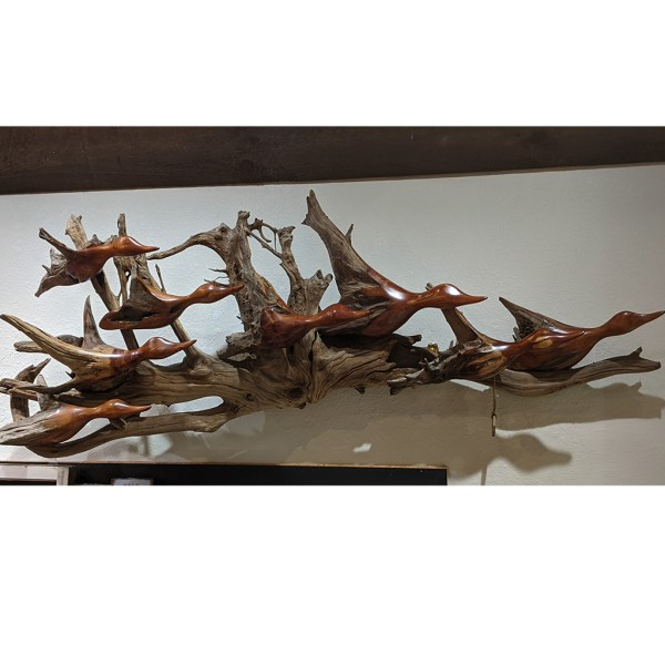 crazy eight driftwood carving