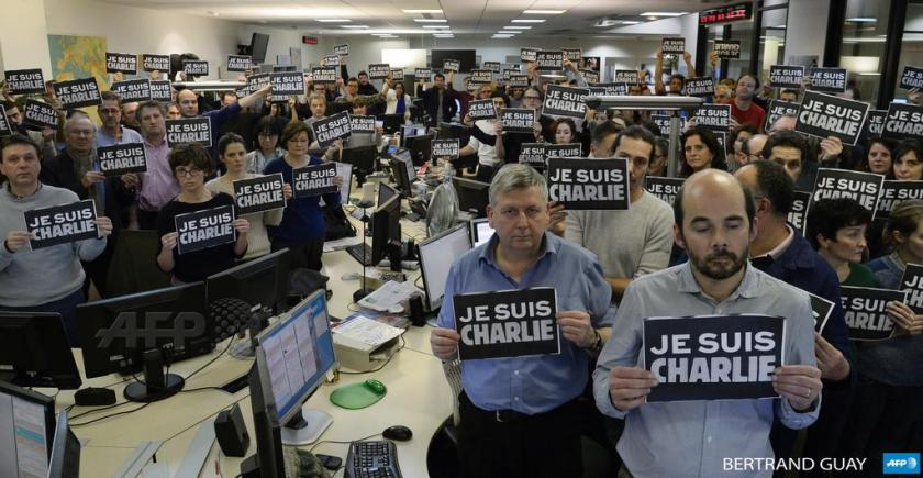 'Je Suis Charlie' tribute to Charlie Hebdo at the AFP news room in Paris