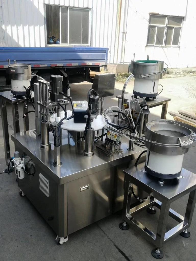 diagnostic reagent filling machine