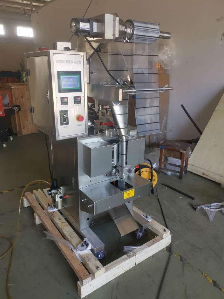 semi-fluid packing machine