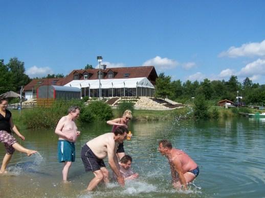Schwimmen am Baggersee