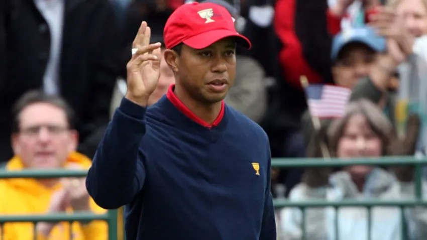 Woods finishes off a perfect week at the 2009 Presidents Cup