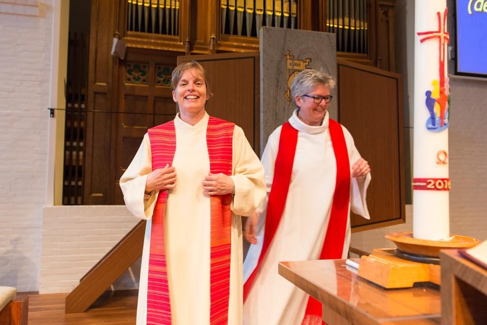Foto's van de intrede dienst Ds. M. Vermeij in de Open Hof Kerk Aalsmeer