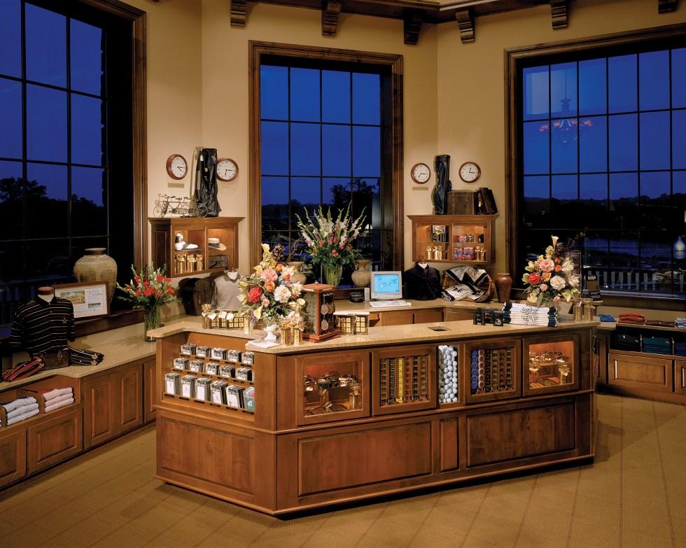 Saratoga National Golf Club-pro shop 02