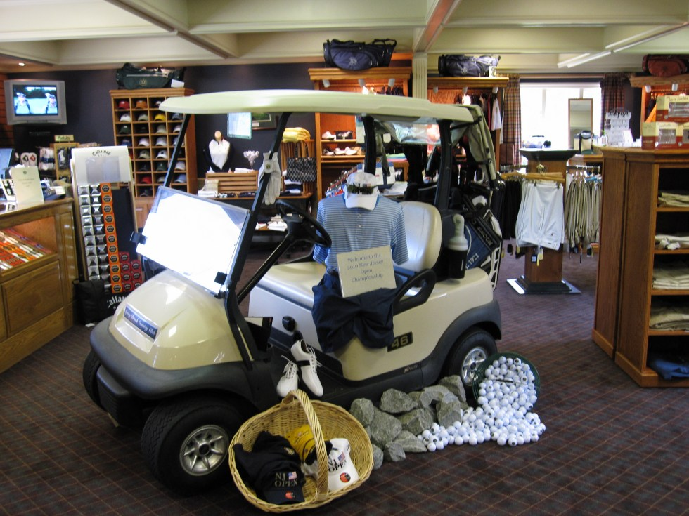 Spring Brook-Golf Shop Pictures 2010 001
