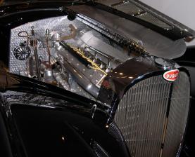1937_Bugatti_Type_57SC_Gangloff_Drop_Head_Coupe_engine