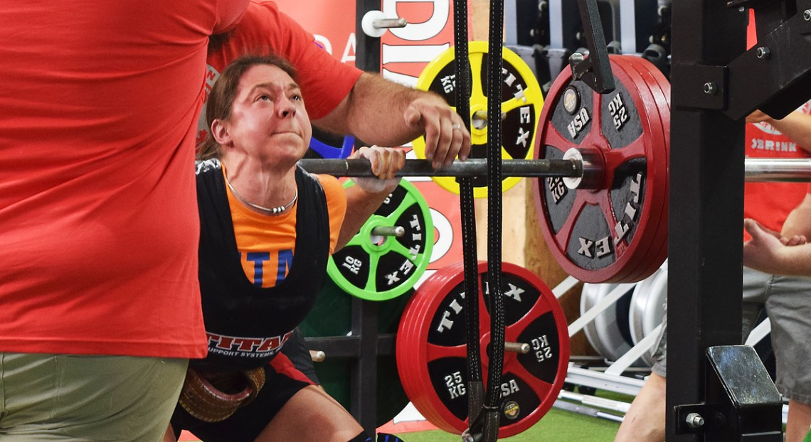 Tara Webber gives it her all during the 2018 Canadian Powerlifters Association Open at XConditioning Barbell and Northern BC Powerlifting. Bill Phillips photo
