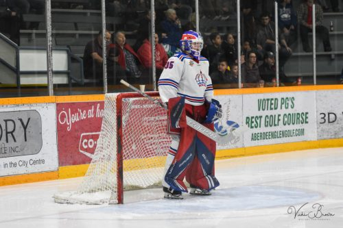 Clippers clip Spruce Kings' wings