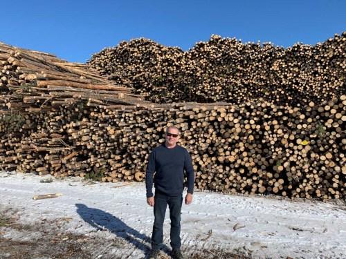 Mackenzie mill maximizes wood fibre with grant