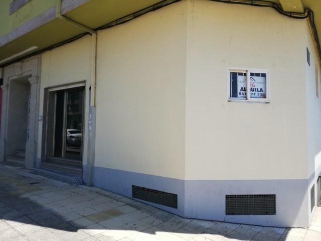 Se alquila local comercial en Ronda de Pontevedra, Melide