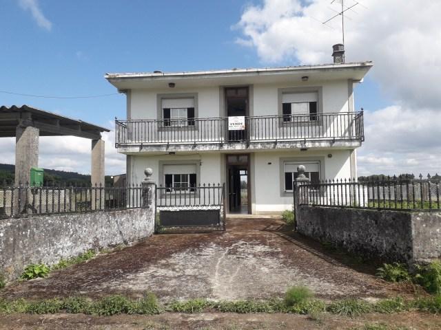 Casa en venta en Xubial, Melide