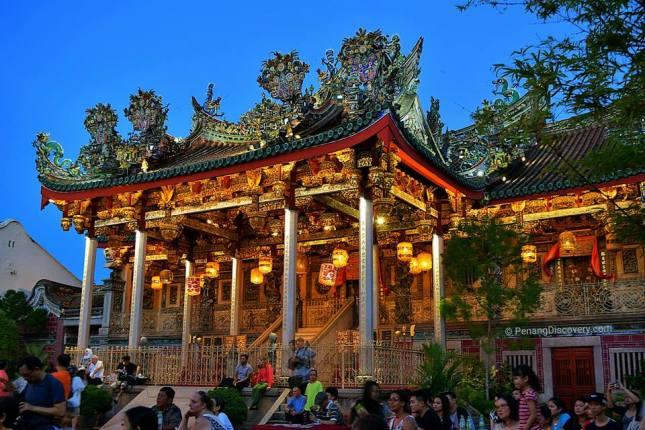 An Evening of Lights at Khoo Kongsi