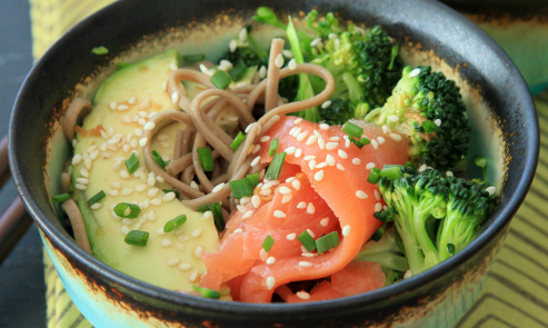 smoked salmon soba noodle bowl