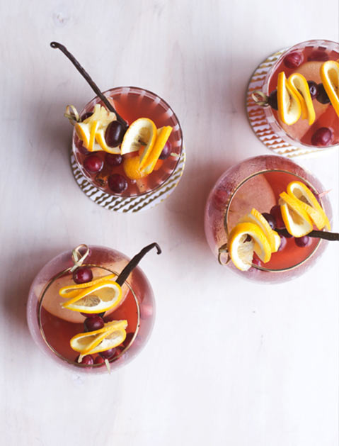 10 Slow-Cooker Cocktails
