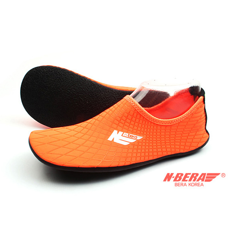 Water Shoes / Aqua Shoes – NB (Orange)