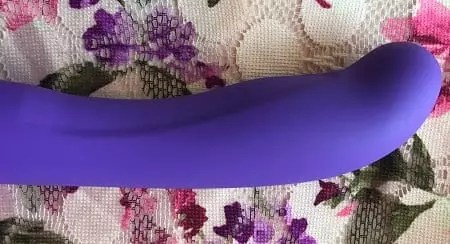 Blush Novelties Luxe Purity 2 dildo floral small