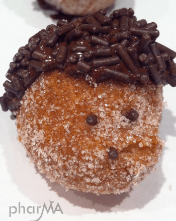 How to make hedgehog donut holes, hedgehog party, food that looks like a hedgehog