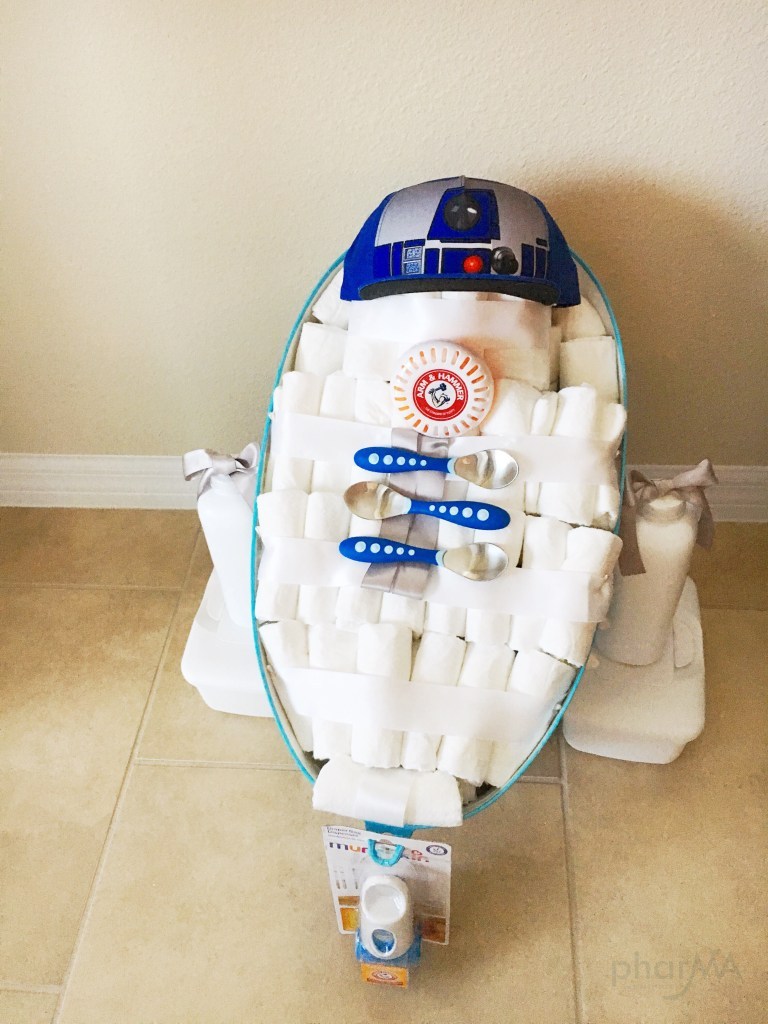 How to make an R2D2 Diaper Cake, Star Wars Baby Shower