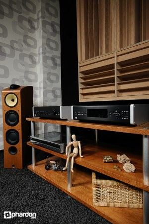 High End Audio Systems Still Life Photos