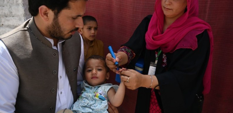 New polio vaccine poised to get emergency WHO approval